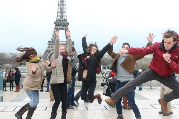 eiffel-tower-group-570x380