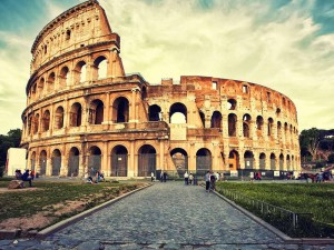 Facts-about-the-Colosseum-in-Rome